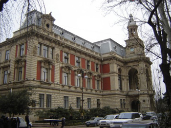 http://www.azerbaijans.com/uploads/12a.jpg